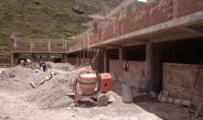 CONTINÚA CONSTRUCCIÓN DE IES DANTE NAVA EN PUNA AYLLU PROVINCIA DE SANDIA